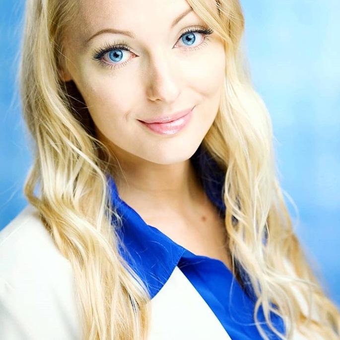Leenda Nicole