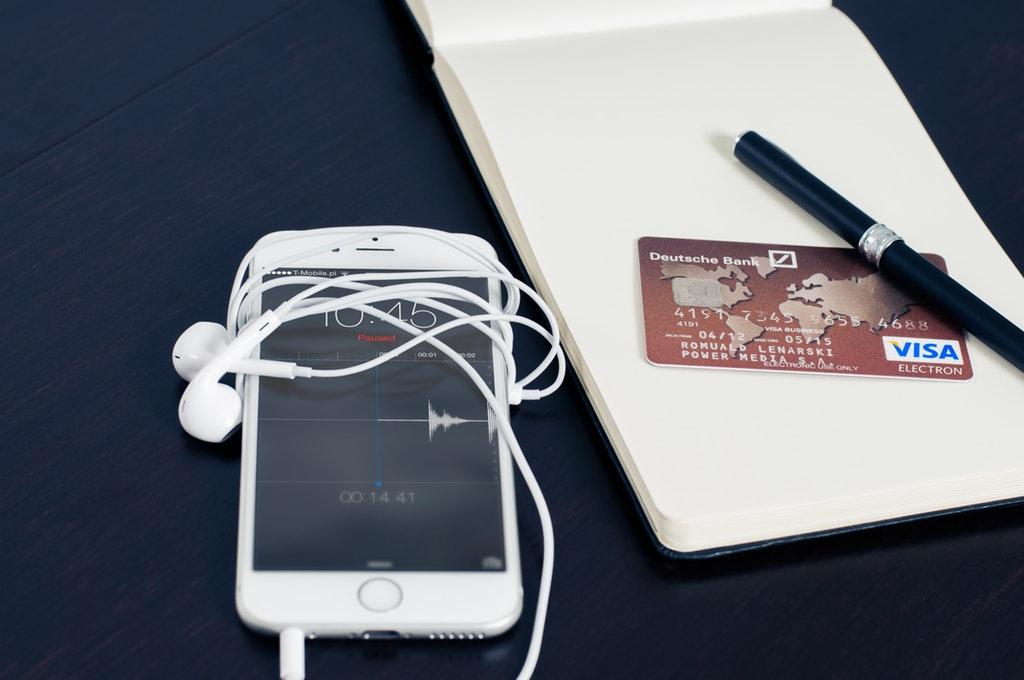 iphone-visa-business-buying-38565